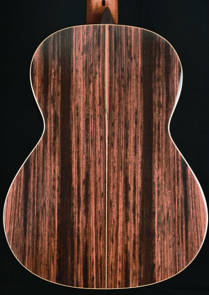 Almansa Conservatory Model 435 featuring a Solid German Spruce Top  NEW