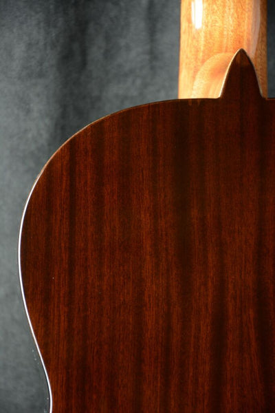Almansa Senorita Model 401 Cedar Top