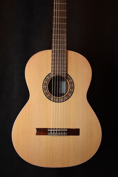 Almansa Senorita Model 401 Cedar Top       ON SALE