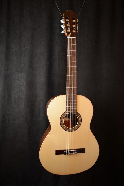 Almansa Senorita Model 401 Spruce Top