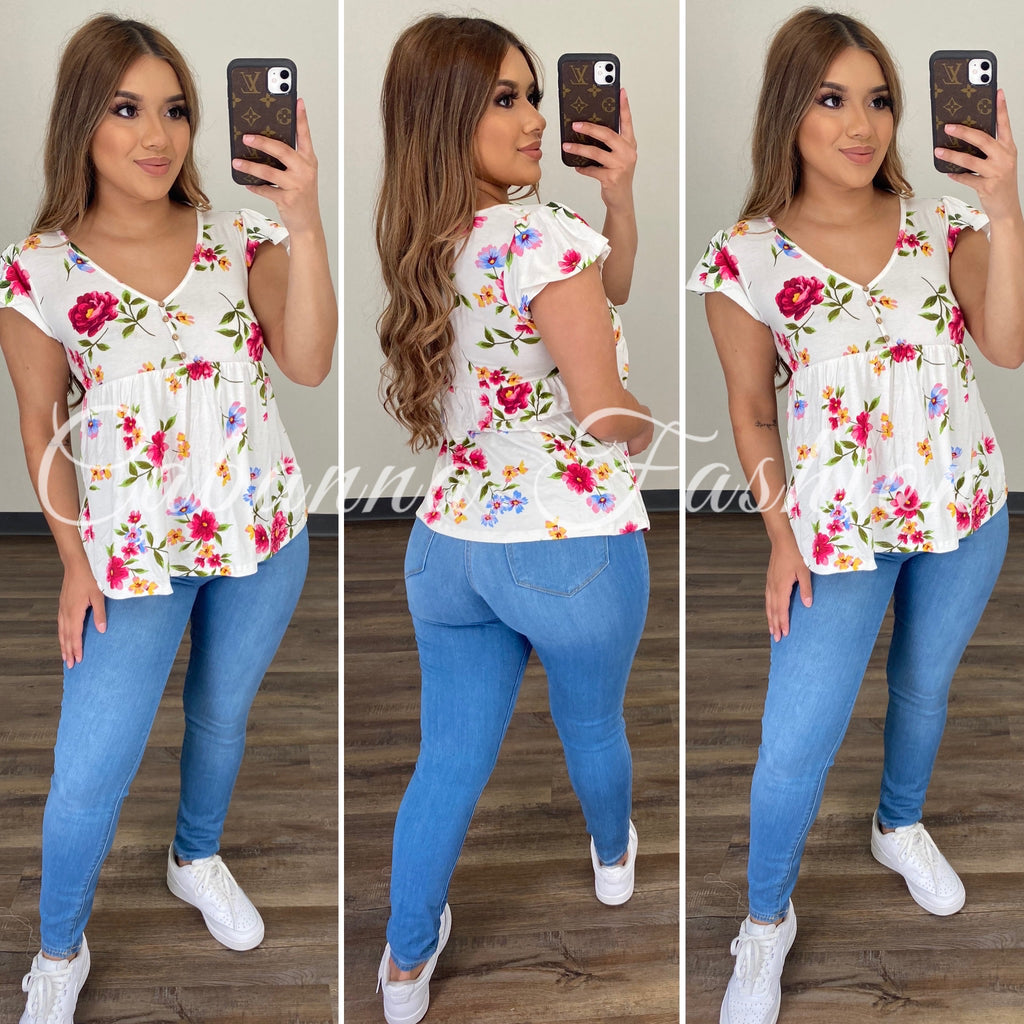 Feeling Lovely Top - (WHITE)