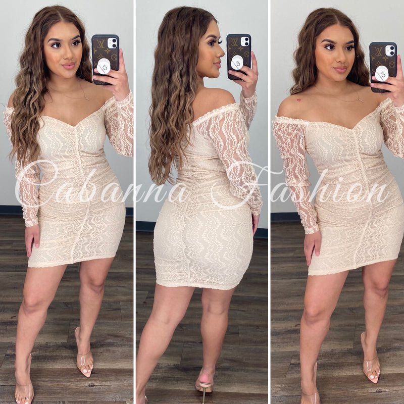 Lesly Lace Dress - (CREAM)