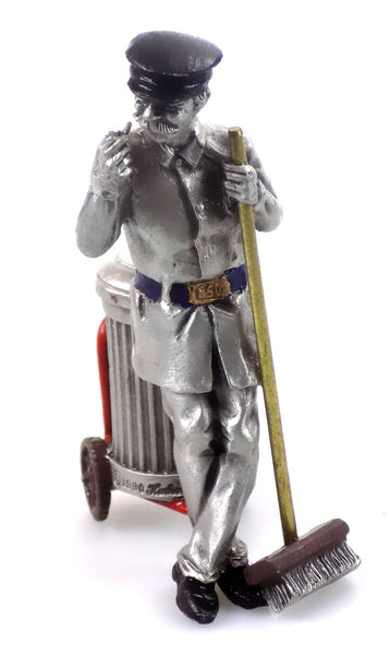 Christmas Village  People Hudson Pewter Villagers Main Street Sweeper