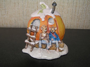 Figurines | Lowell Davis Pumpkin Wine Figurine