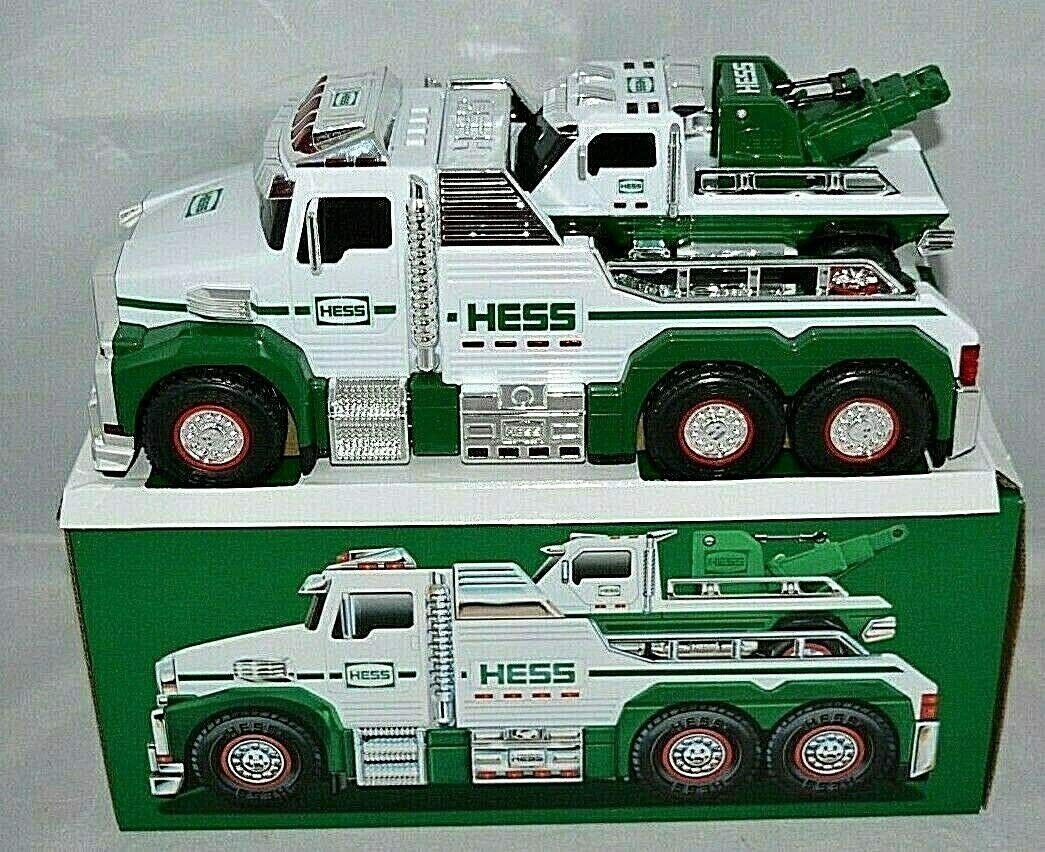 Hess 2019 Toy Truck - Tow Truck Rescue Team
