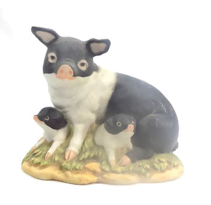Figurine | Black and White Pig Family