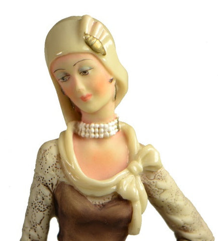 Figurines | Capodimonte Woman by Auro Belcari Dear Sculpture