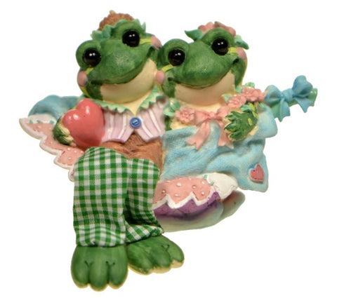 Collectibles | Enesco I'm Very Pond of You Frog Figurine