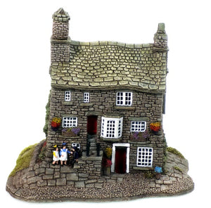 Collectibles | Lilliput Lane Cottages Chocolate House