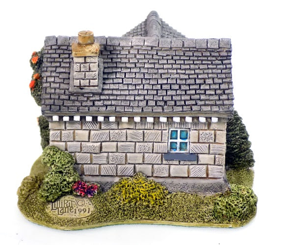 Collectibles | Lilliput Lane Cottages Wellington Lodge