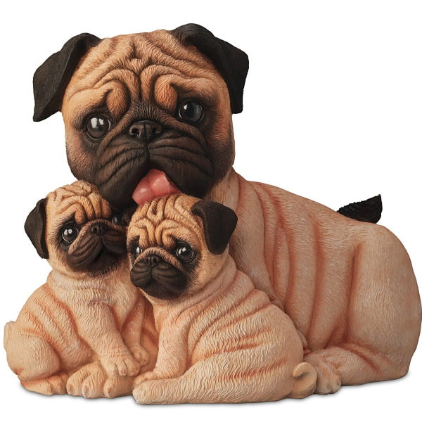 Figurine | Pug Kisses Dog Figurine