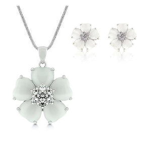 Jewelry | White Floral Necklace and Earrings Set