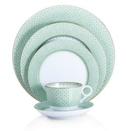 Mottahedeh Green Lace Dinnerware Collection - GDH | The decorators department Store - 1