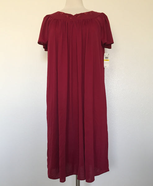 Miss Elaine Tricot Flutter Sleeve Short Gown 20809BT Cherry Medium