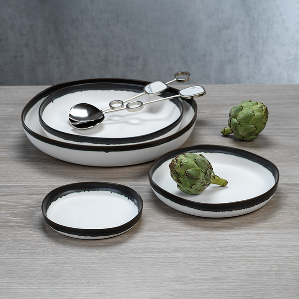 Trento Shallow Bowls with Black Volcanic Rim