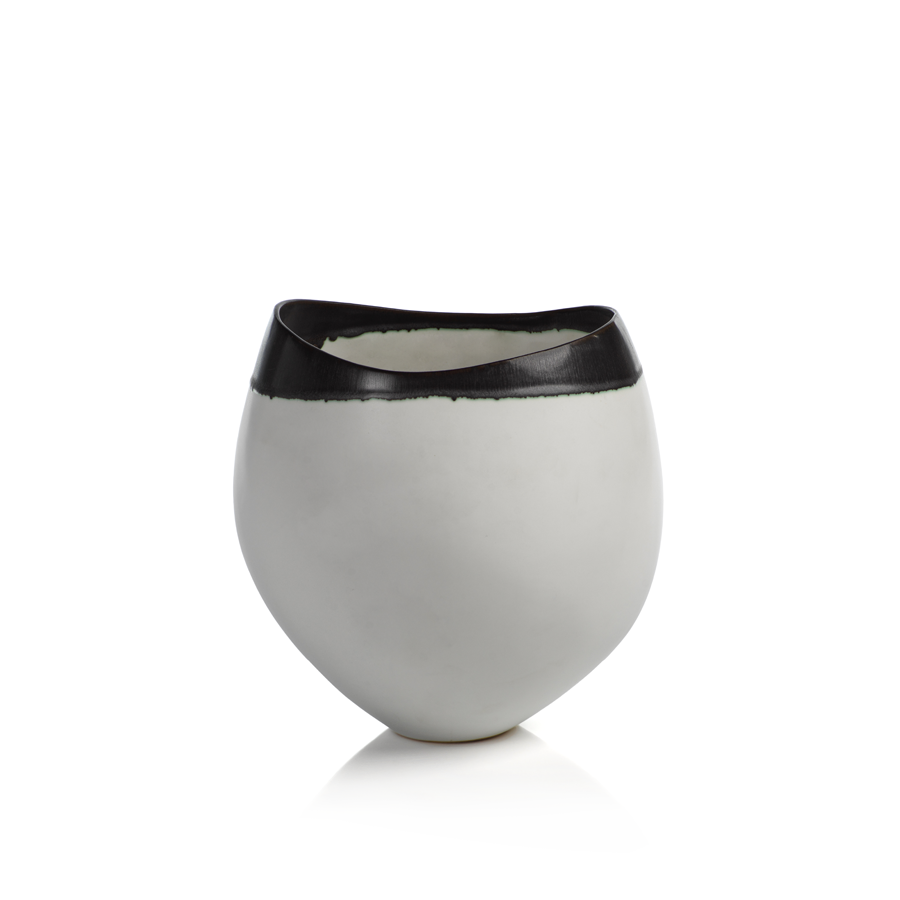 Trento Eclipse Vase with Black Volcanic Rim