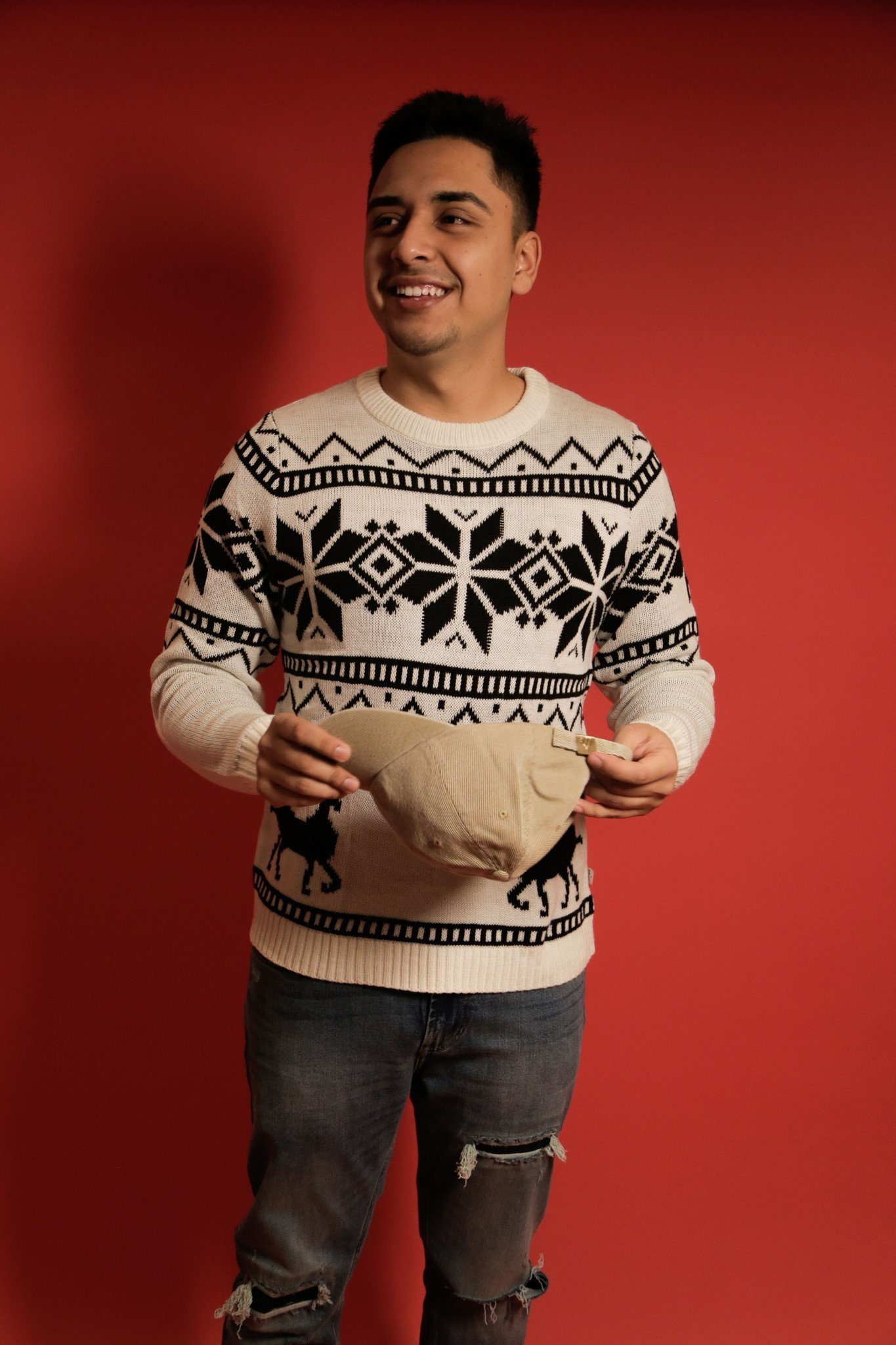 White Mens Knitted Reindeer Sweater (Limited Edition) - SeasonCaps  - Dad Cap