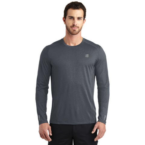 OGIO ENDURANCE Long Sleeve Pulse Crew.