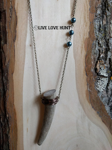 live love hunt™ antler necklace, blue