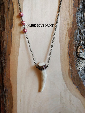 live love hunt™ antler necklace, pink