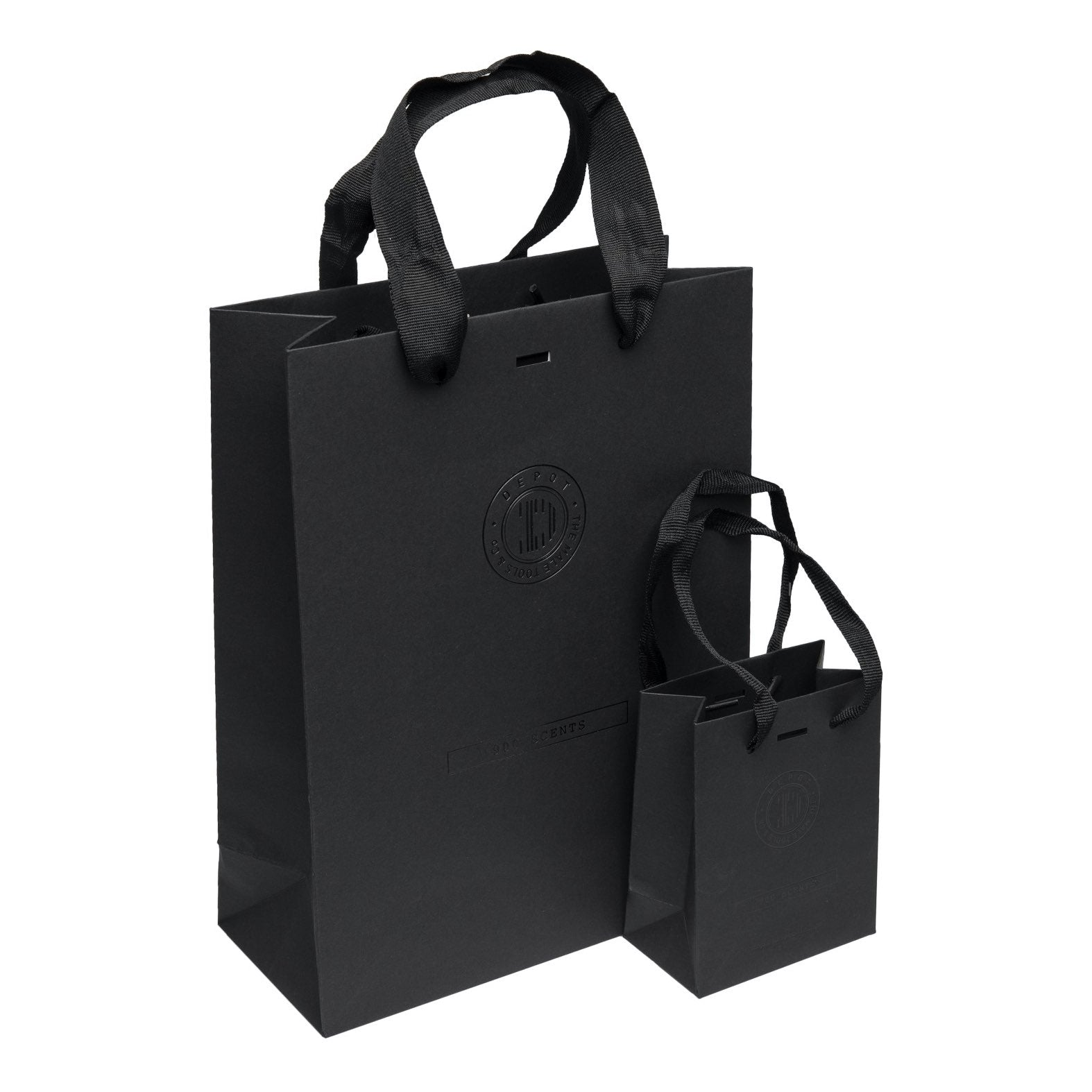 Depot 900 Scents Shopper M pose