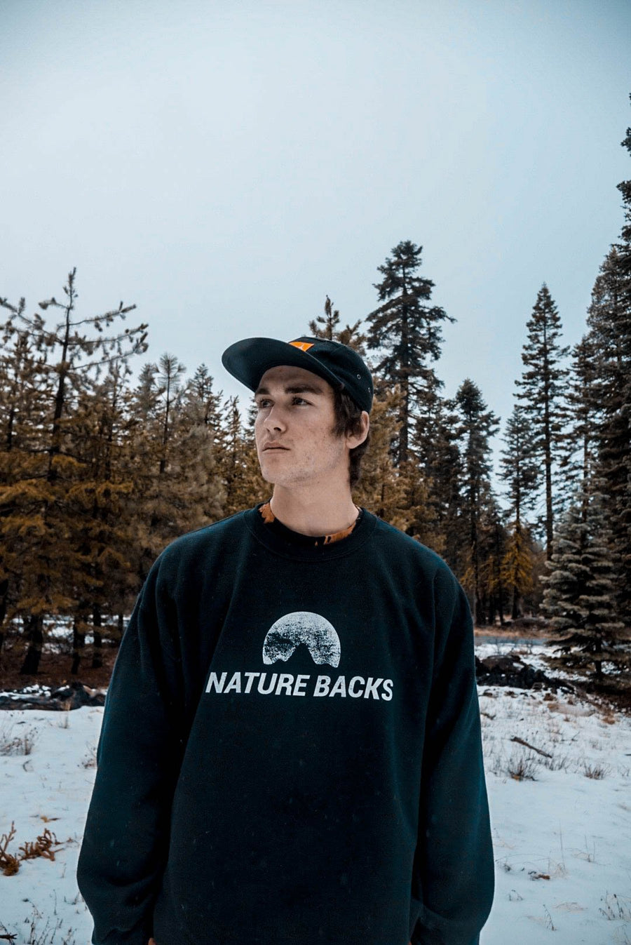 Black Crew Neck - Nature Backs