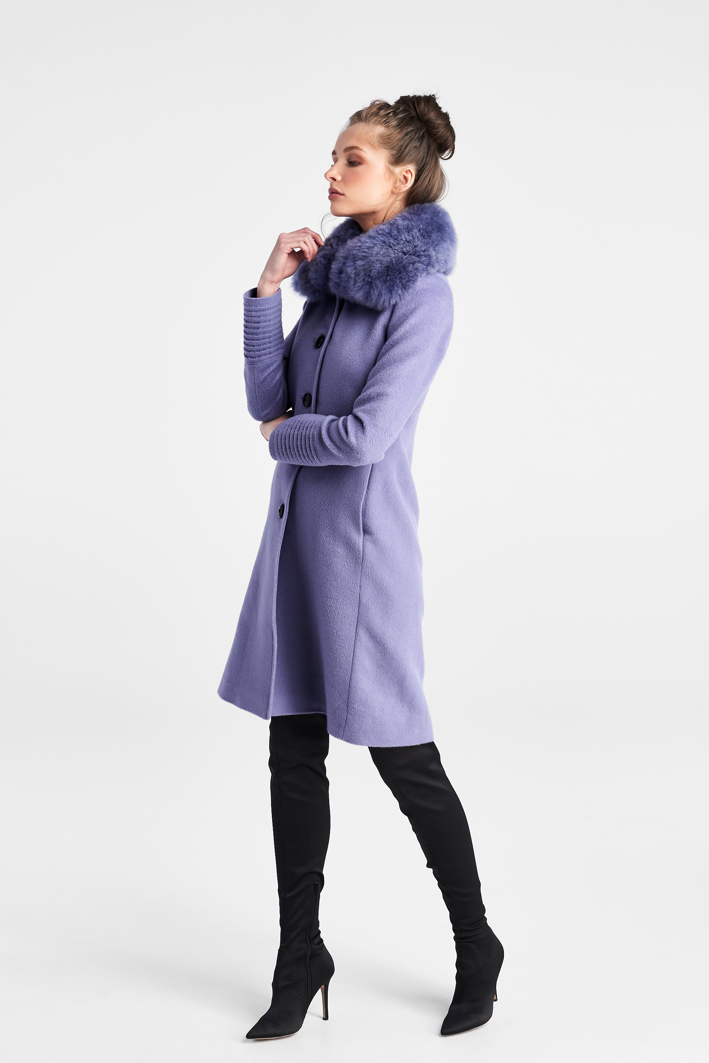 Fitted Coat with Fur Collar Lilac
