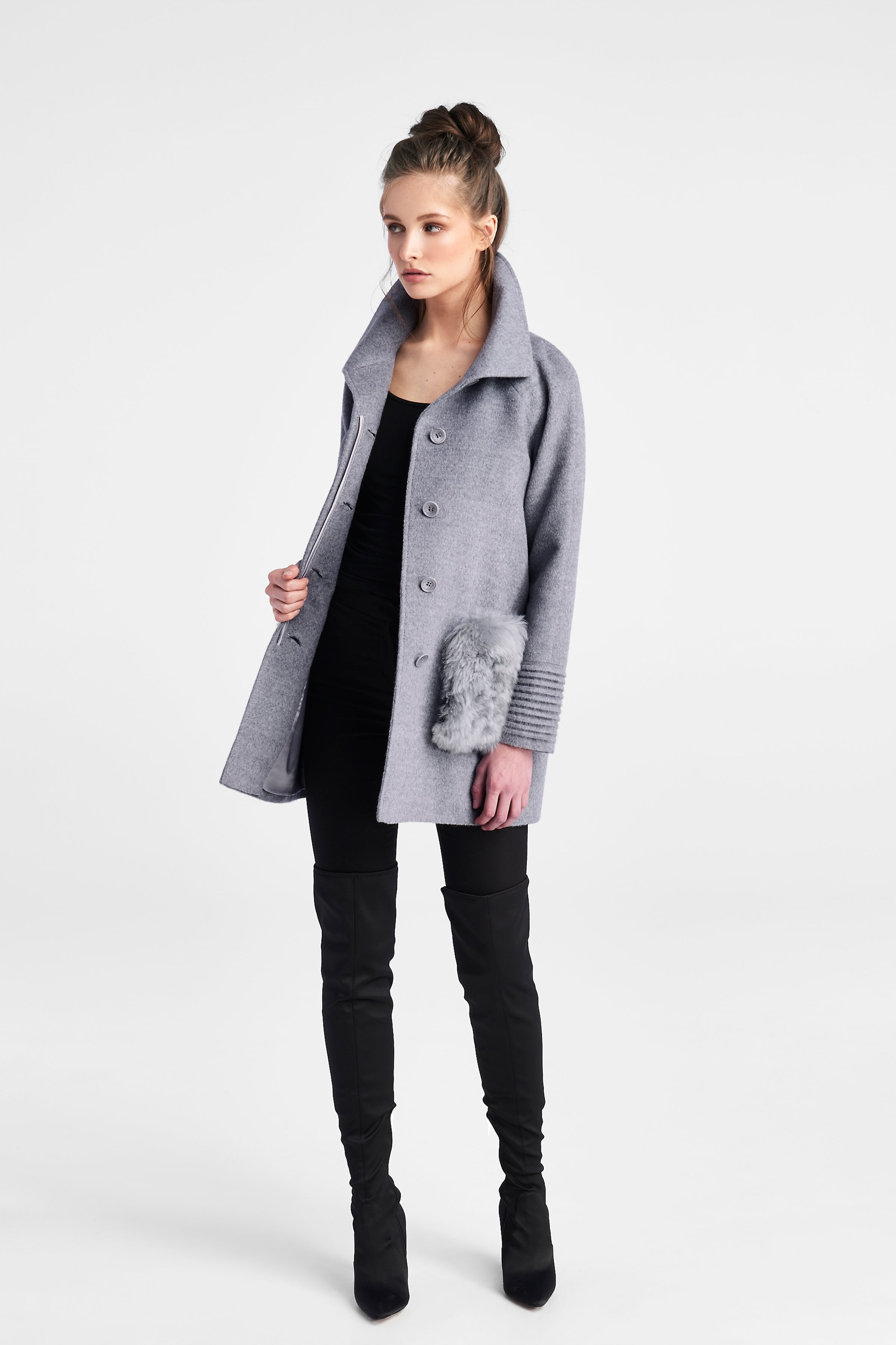 Raglan Sleeve with Fur Pockets Shale Grey