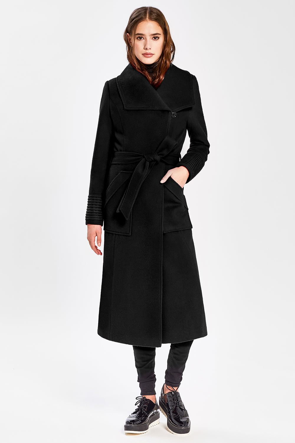 Sentaler Long Wide Collar Wrap Coat featured in Baby Alpaca and available in Black. Seen from front.