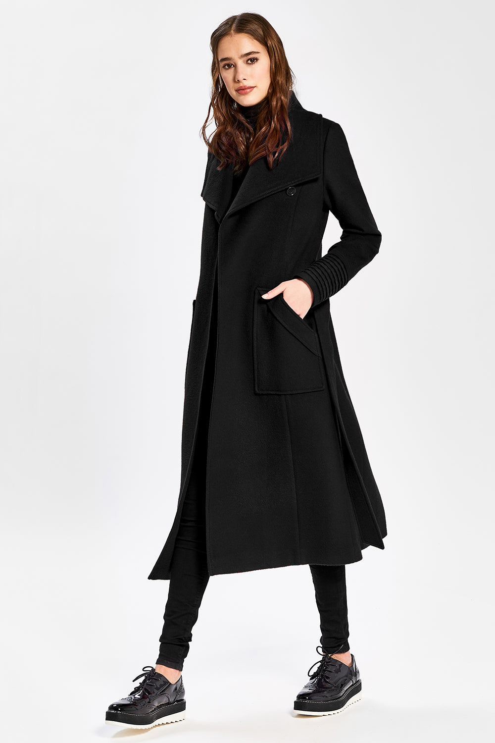 Sentaler Long Wide Collar Wrap Coat featured in Baby Alpaca and available in Black. Seen from side.