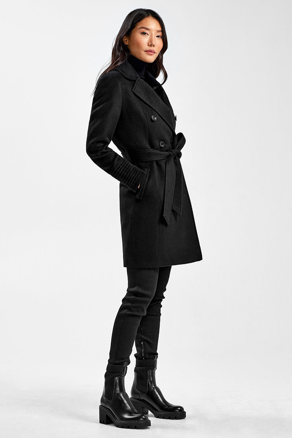 Sentaler Mid Length Double Breasted Coat featured in Baby Alpaca and available in Black. Seen from side.