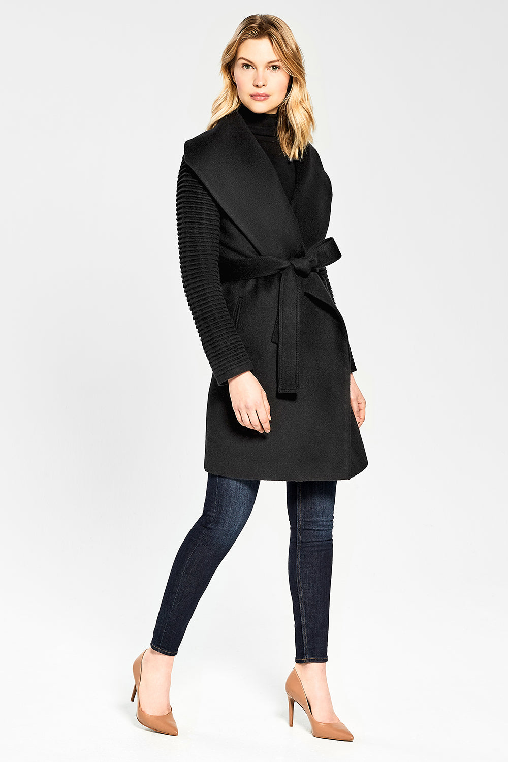 Sentaler Mid Length Shawl Collar Wrap Coat with Ribbed Sleeves featured in Baby Alpaca and available in Black. Seen from side.
