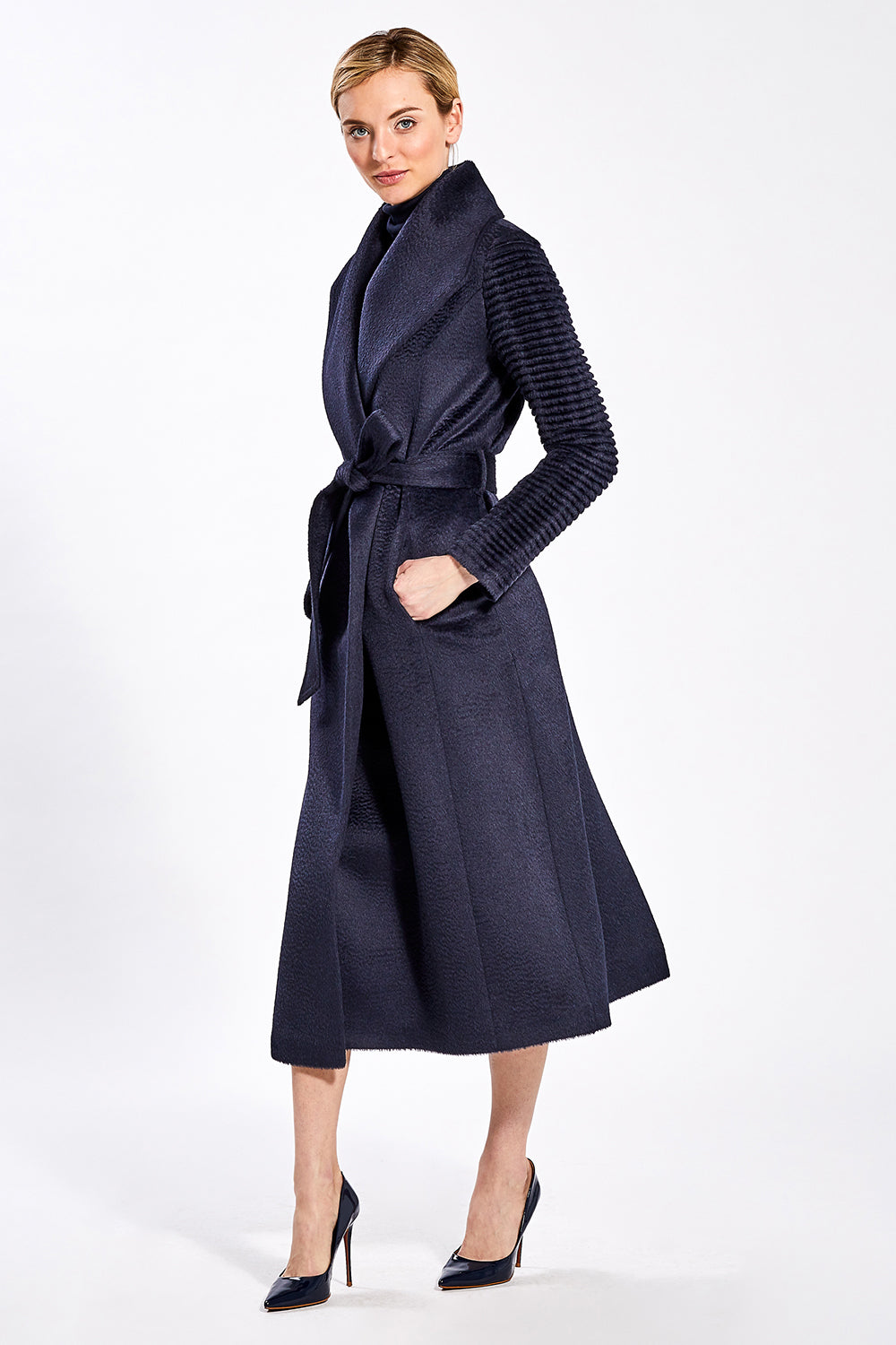 Sentaler Suri Alpaca Long Shawl Collar Wrap Coat with Ribbed Sleeves featured in Suri Alpaca and available in Navy. Seen from side.