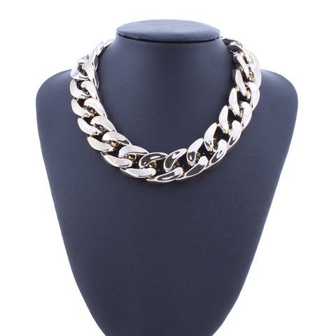 Oversized Silver Chain Necklace