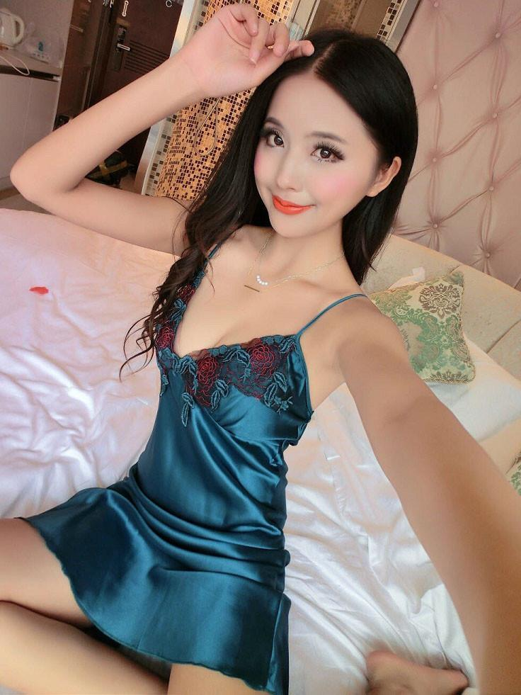 Green Beauty Satin Chemise
