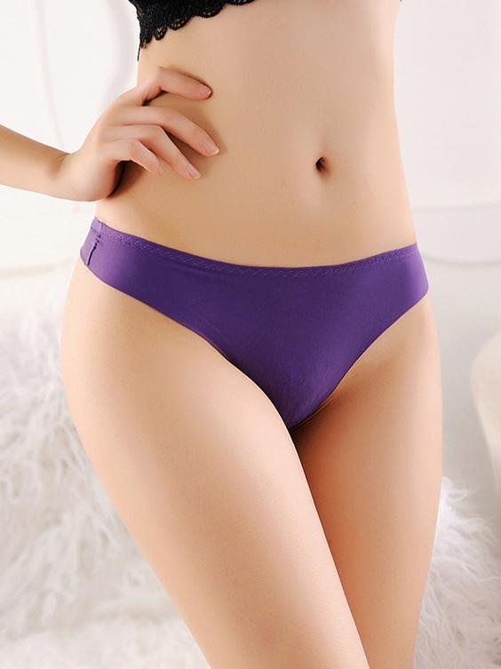 Smoothing Mid-Rise Thong Panty