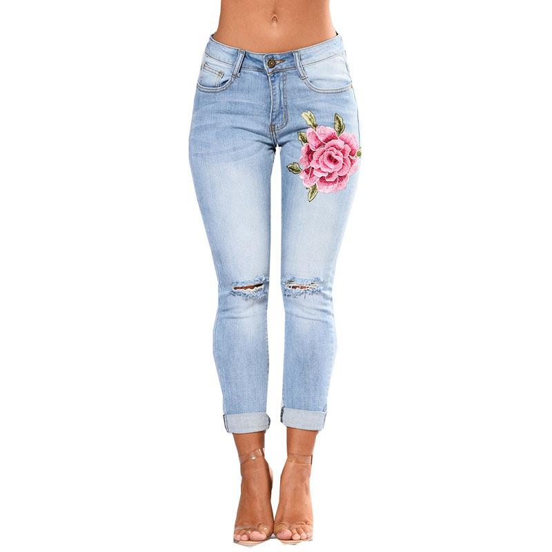 Embroidered Rose Skinny Jean Capris - Theone Apparel
