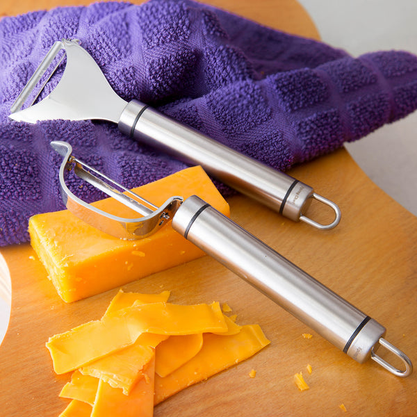 Reasons You'll Love the New Ultra Sharp Stainless Steel Vegetable Peeler Set