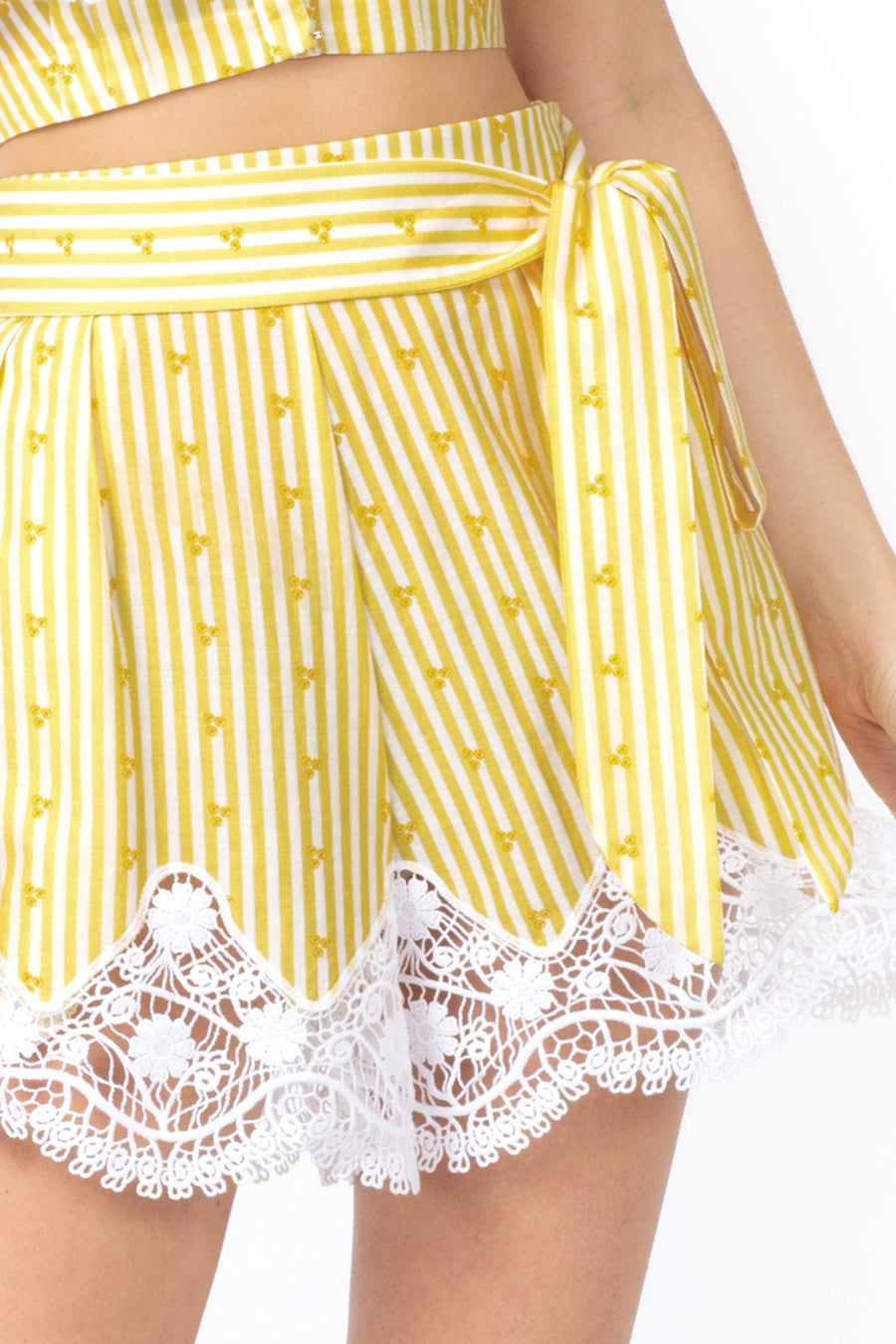 Liana Striped Dandelion Lace Shorts