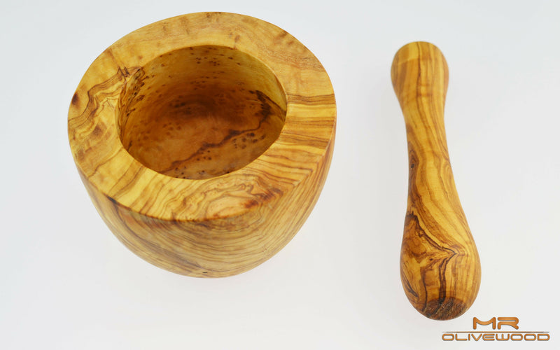products/Mr_Olive_Wood_10cm_flat_mortar_Pestle_1_2.jpg
