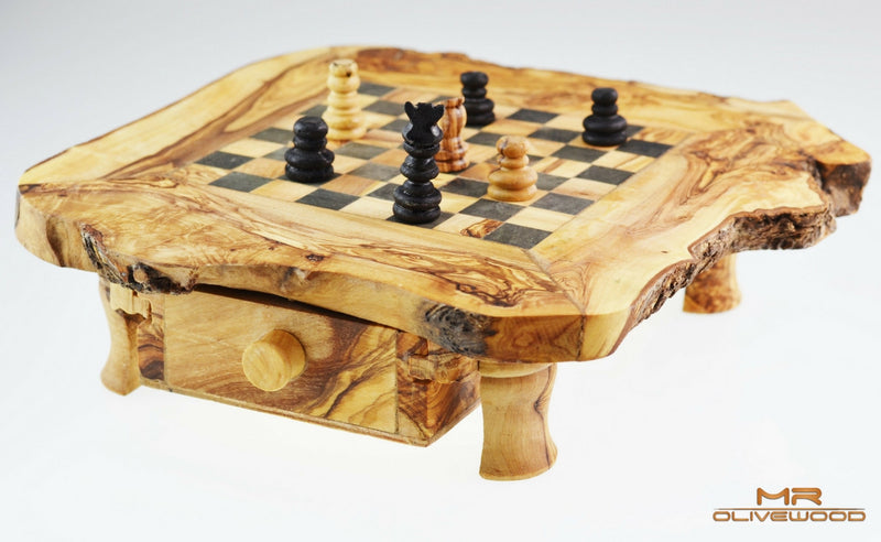 products/olive_wood_chess_board_m_by_mr_olive_wood_4.jpg