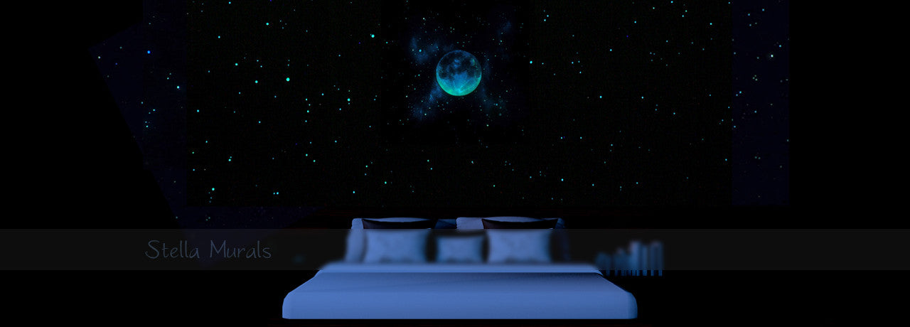 glow in the dark star wall with moon