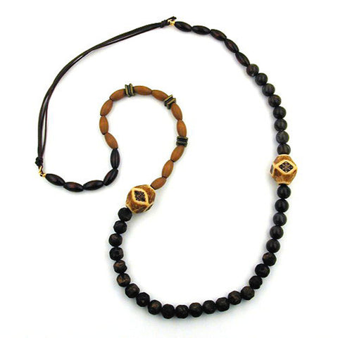 NECKLACE BROWN BEADS DIFFERENT SHAPES AND COLOUR TONES