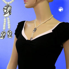 NECKLACE WHITE BEADS AND BLACK/BEIGE CAMEO 45CM