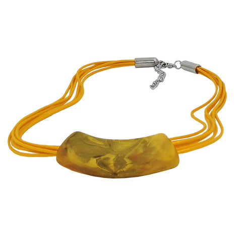 NECKLACE TUBE FLAT CURVED YELLOW MARBLED