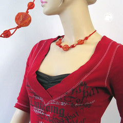 NECKLACE DISK SHAPED RED MARBLED BEADS RED CORD 45CM