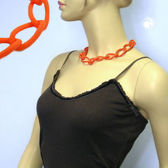NECKLACE WIDE CURB CHAIN APRICOT-MATT 45CM