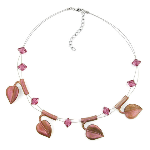 NECKLACE LEAF BEADS PURPLE-COLOURED ON COATED FLEXIBLE WIRE 44CM