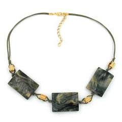 NECKLACE RECTANGULAR BEADS GREY/ BEIGE MARBLED 45CM