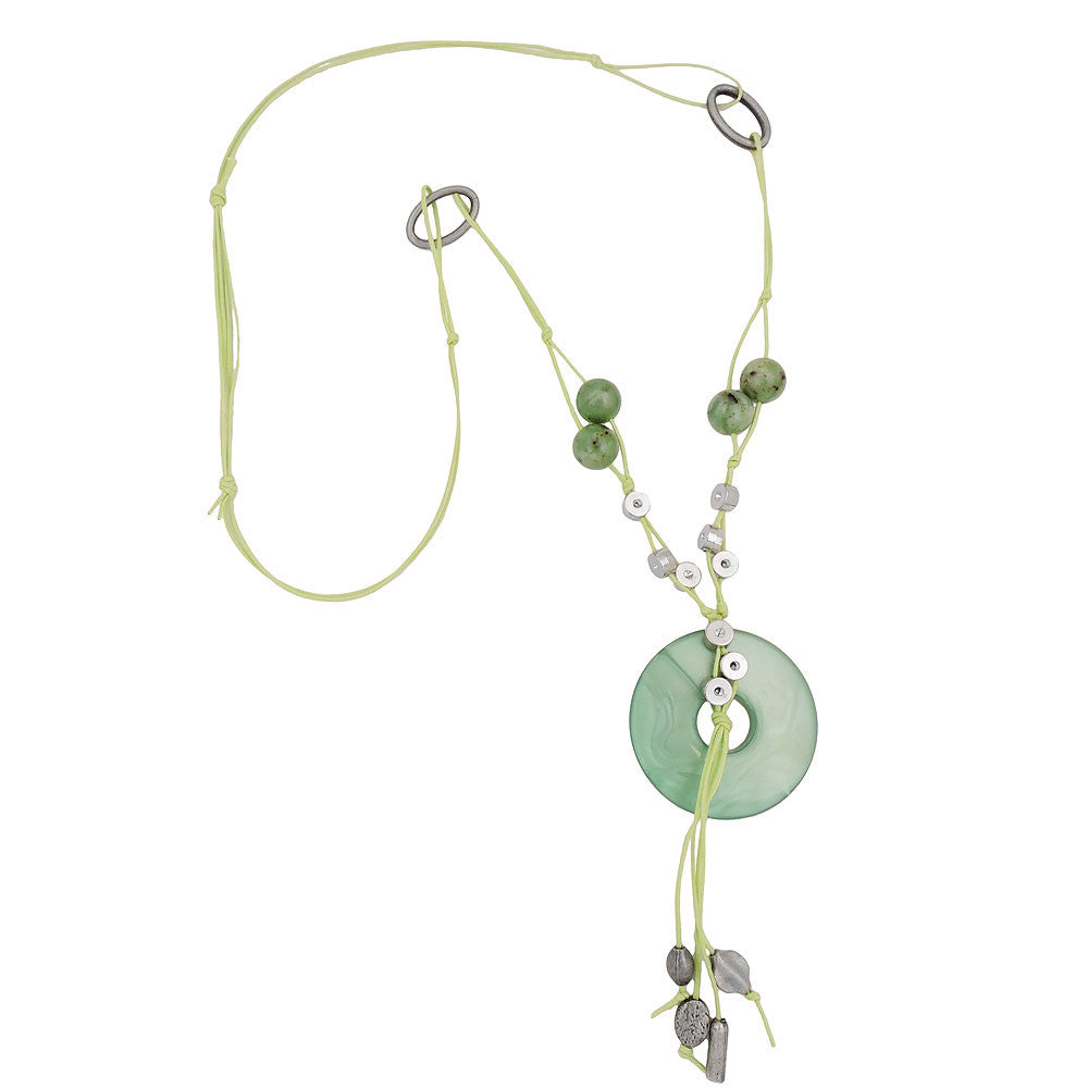 NECKLACE SILK-GREEN ROUND PENDANT